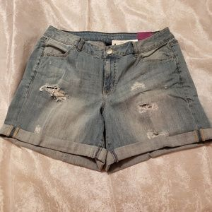 Lane Bryant- Relaxed Fit Jean Shorts, Sz 14